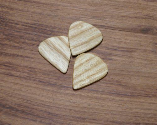 Irish ash plectrum