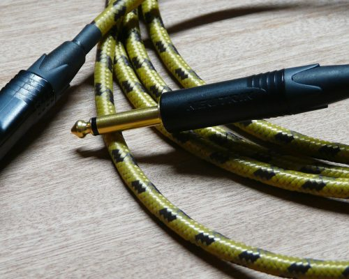 Vintage Style Cloth Guitar Lead - Handwired in Ireland