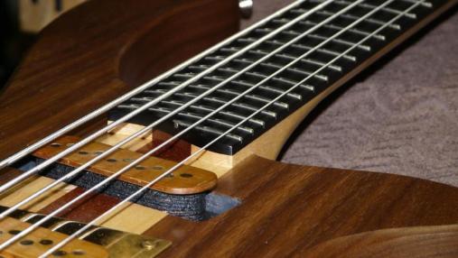 5 string bass